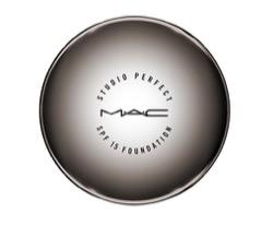 MAC スタジオ パーフェクト SPF 15 モイスチャー ファンデーション
